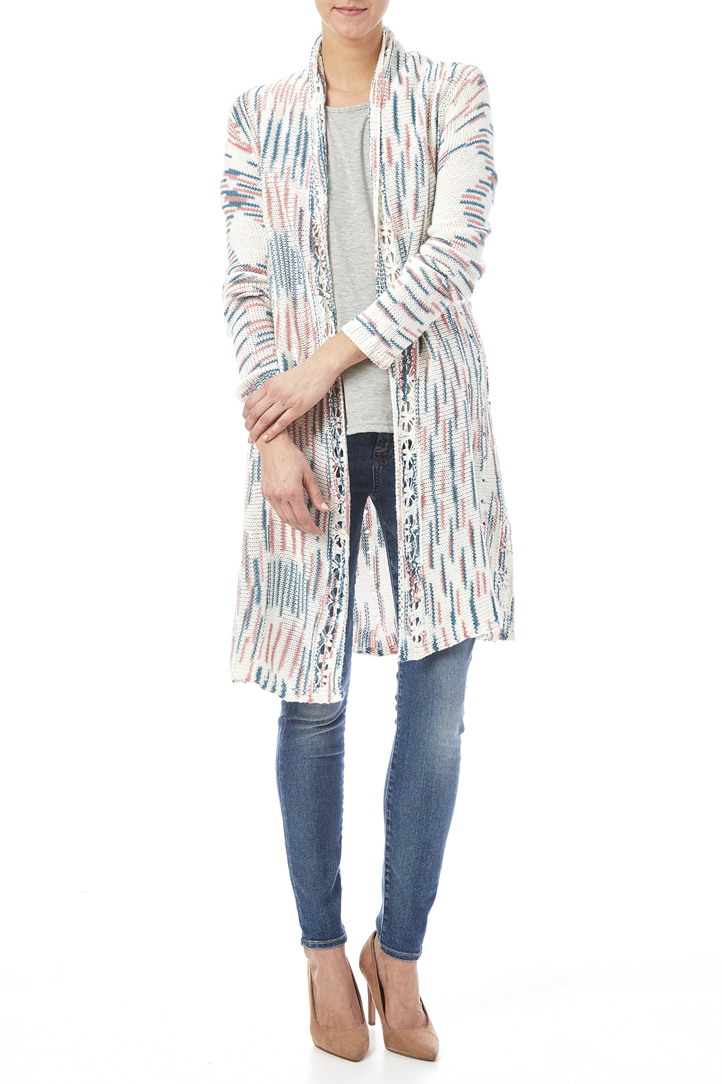 Cardigan – clothing for every age and body shapes