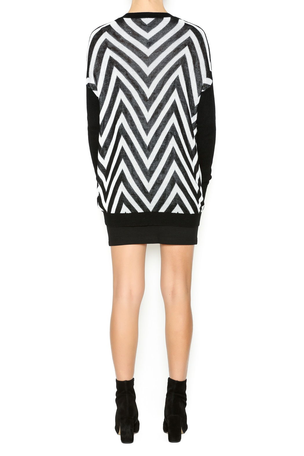 Chicos Women's Clothing On Sale Up To 90 Off Retail thredUP Chevron island fashion boutiques