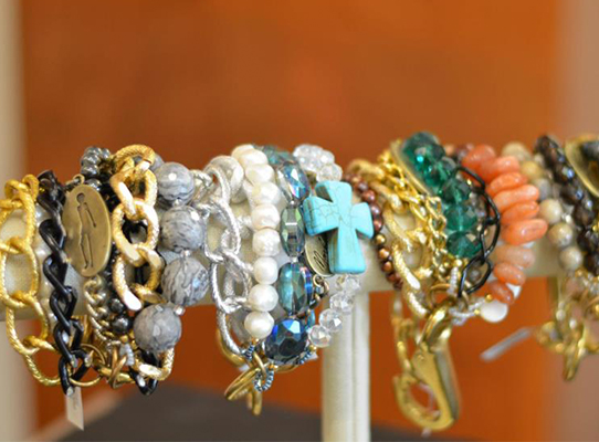 Shoptiques Boutique: Sasso Jewelry & Gifts