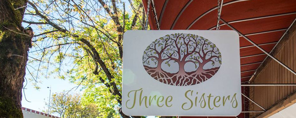 Shoptiques Boutique: Three Sisters