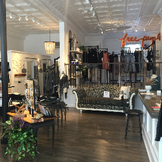 Shoptiques Similar Boutique: Bfree