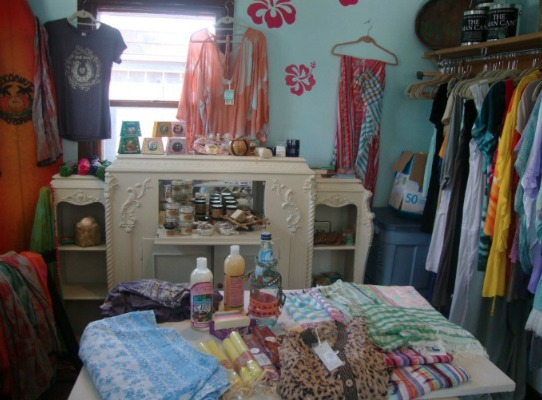 Shoptiques Boutique: Hanalei and Kula's