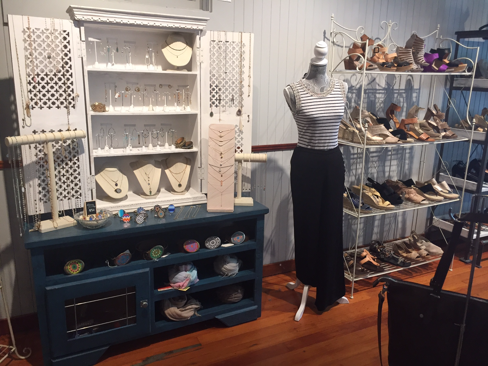 Shoptiques Boutique: In Her Shoes Marin