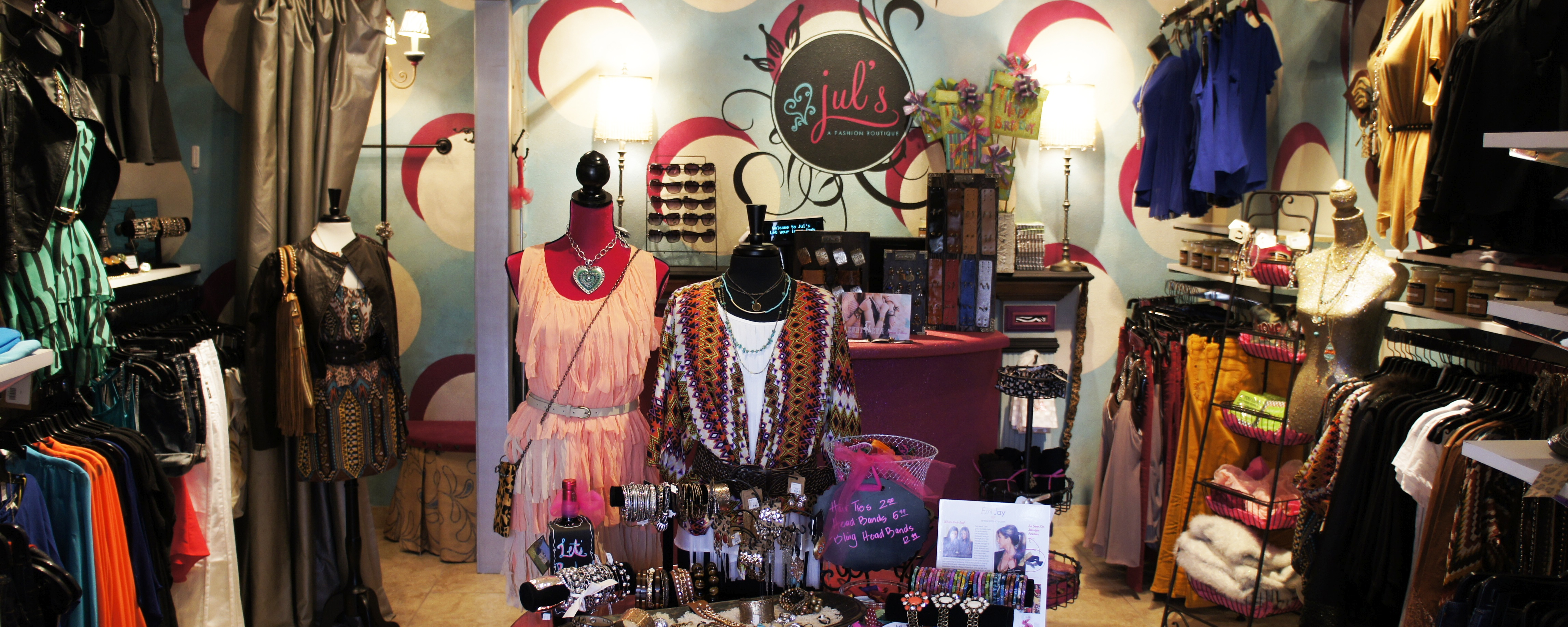 Shoptiques Boutique: Jul's Fashion Boutique