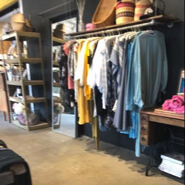 Shoptiques Similar Boutique: Racine Love