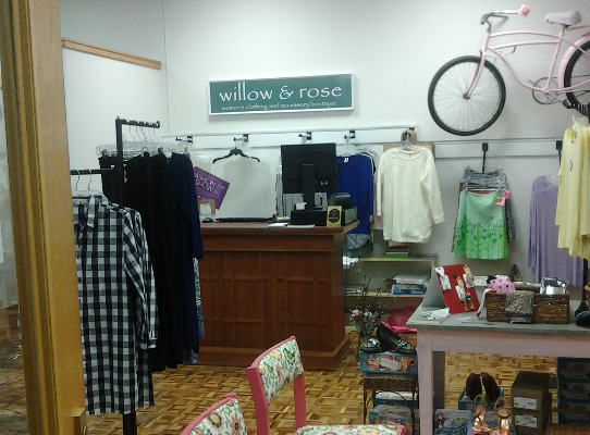 Shoptiques Boutique: willow & rose
