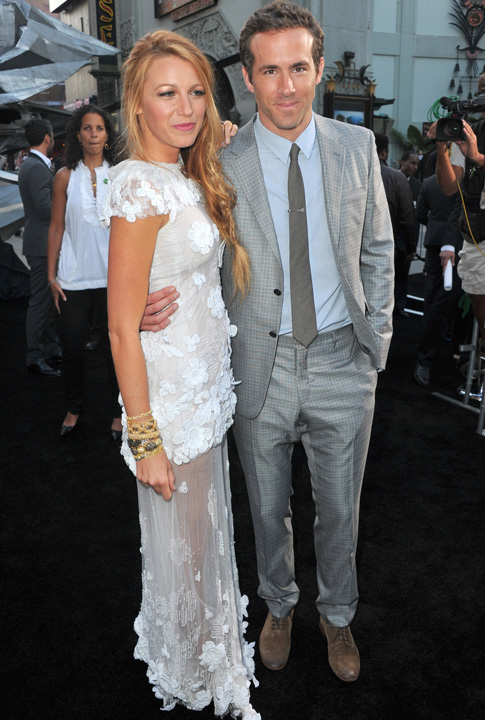 Shoptiques SlideShow Ryan Reynolds and Blake Lively