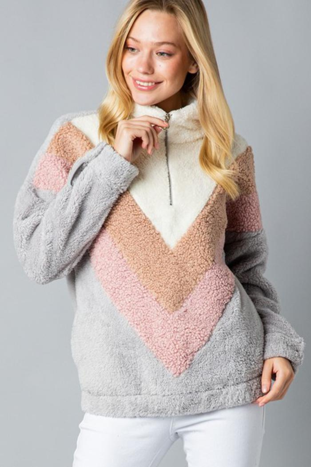 &merci Color Block Chevron Sherpa Faux Fur Pullover Jacket - Side Cropped Image