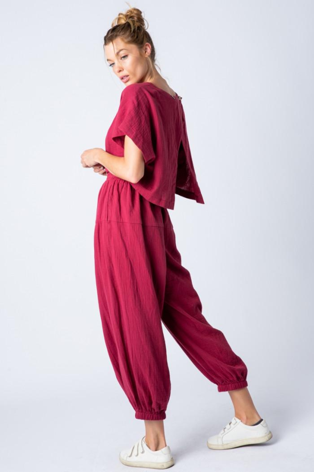 &merci Relaxed Open Back Soft Cotton Gauze Jumpsuit - Side Cropped Image