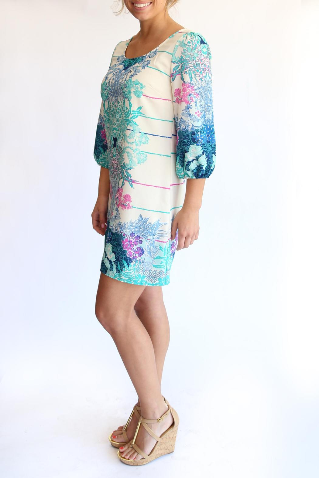KLD Signature Printed Zippered Dress - Side Cropped Image