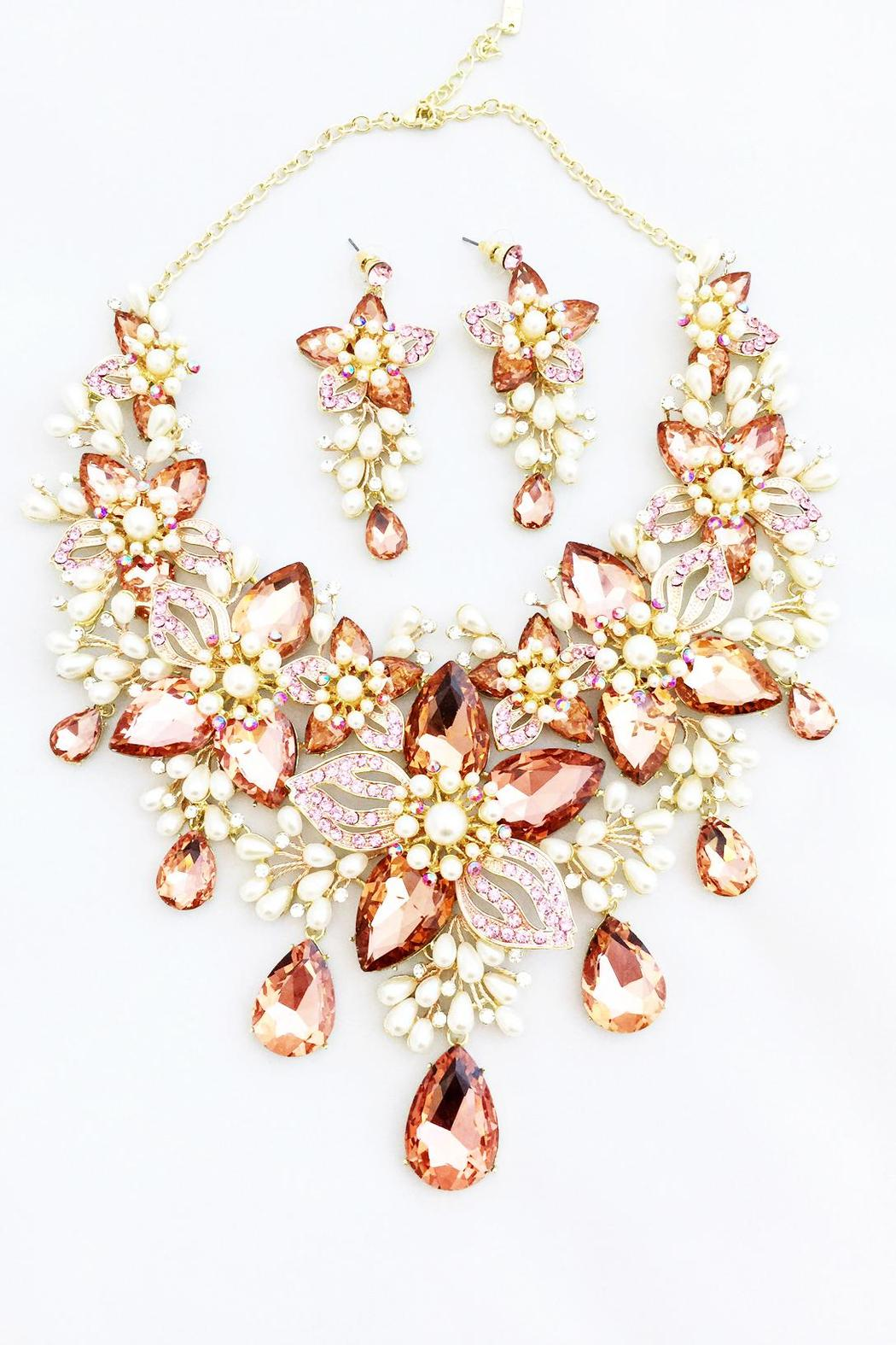 Bling Bling Sisters Floral Necklace Set - Main Image