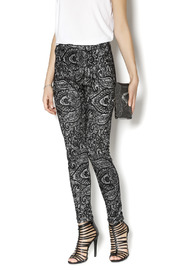 Lyssé Jacquard Legging - Product Mini Image