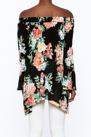 1 Funky Floral Off-Shoulder Top - Back cropped