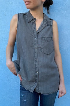 1250 c Sleeveless Button Down - Product List Image