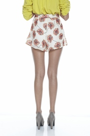 Otis & Maclain Floral High-Waisted Shorts - Back cropped