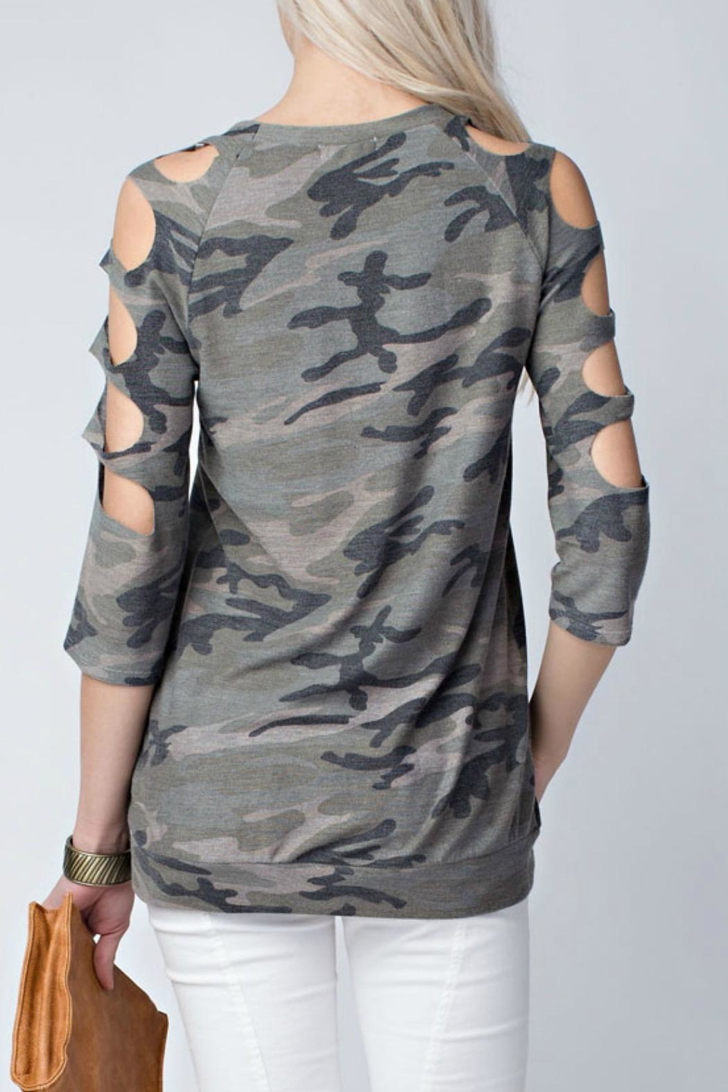 12pm by Mon Ami Camo Top - Side Cropped Image