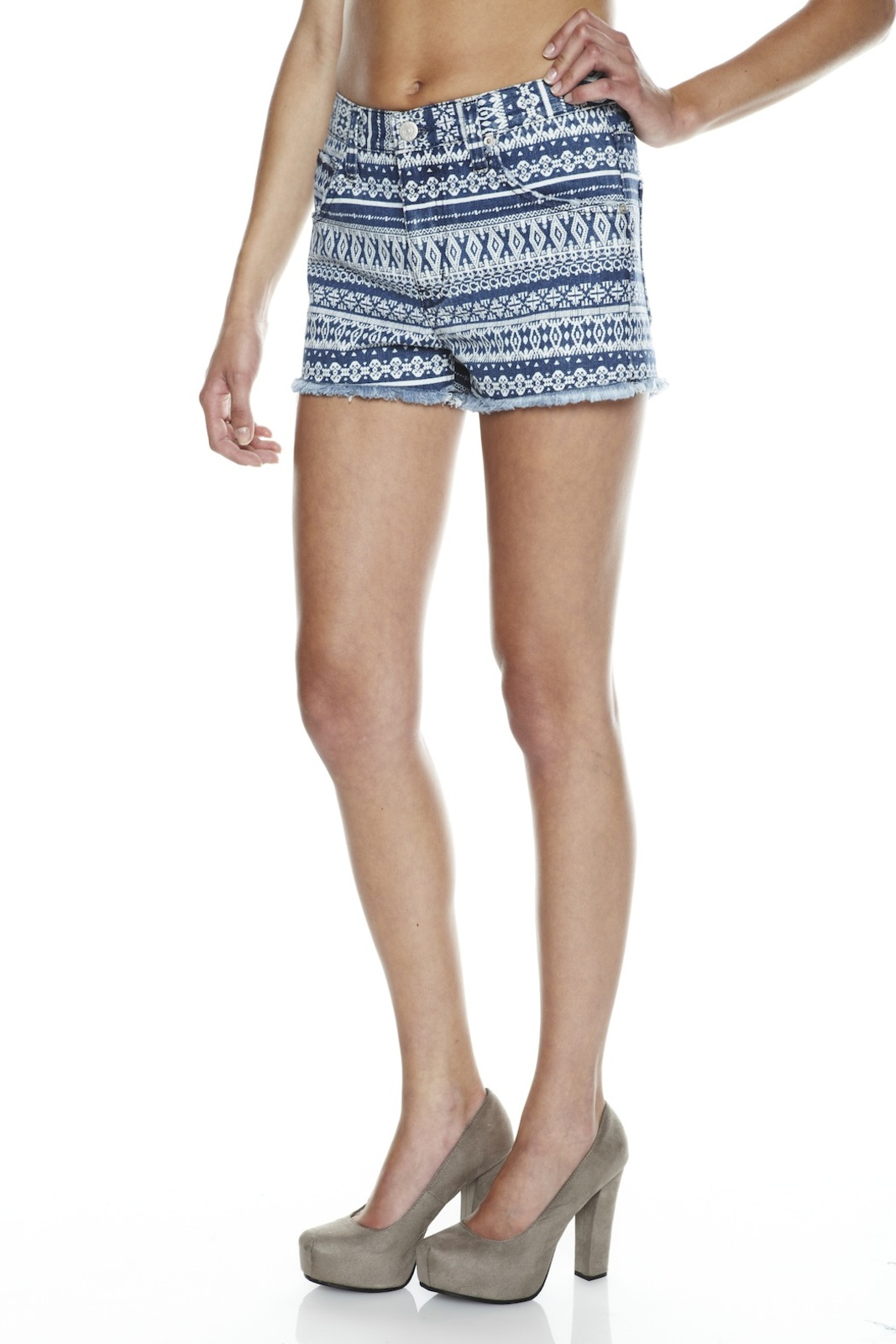 Washborn Tribal-Print Shorts - Side Cropped Image