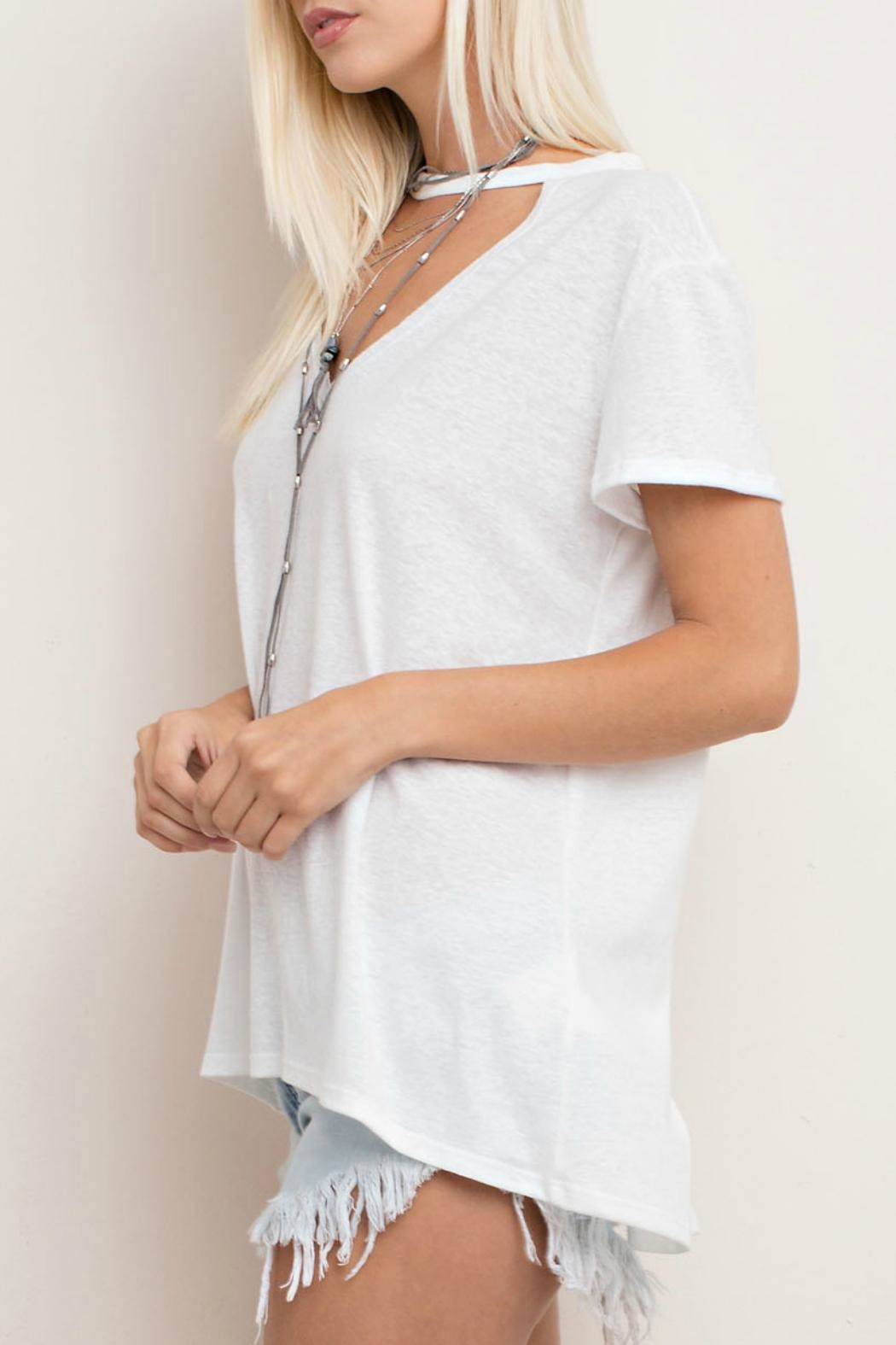 143 Story Cut Neck Tee Top - Side Cropped Image