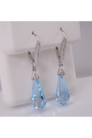 Margolin & Co 14K White Gold Diamond and Blue Topaz Briolette Dangle Drop Earrings Leverback Clasp - Product Mini Image
