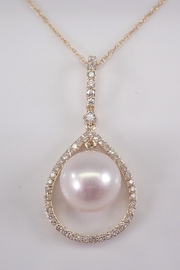 Margolin & Co 14K Yellow Gold Diamond and Pearl Drop Pendant Necklace with Chain 18