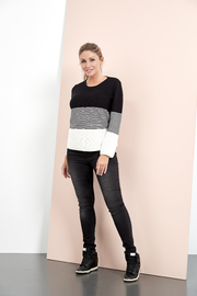 Skovhuus 1753 - Sweater - Front cropped