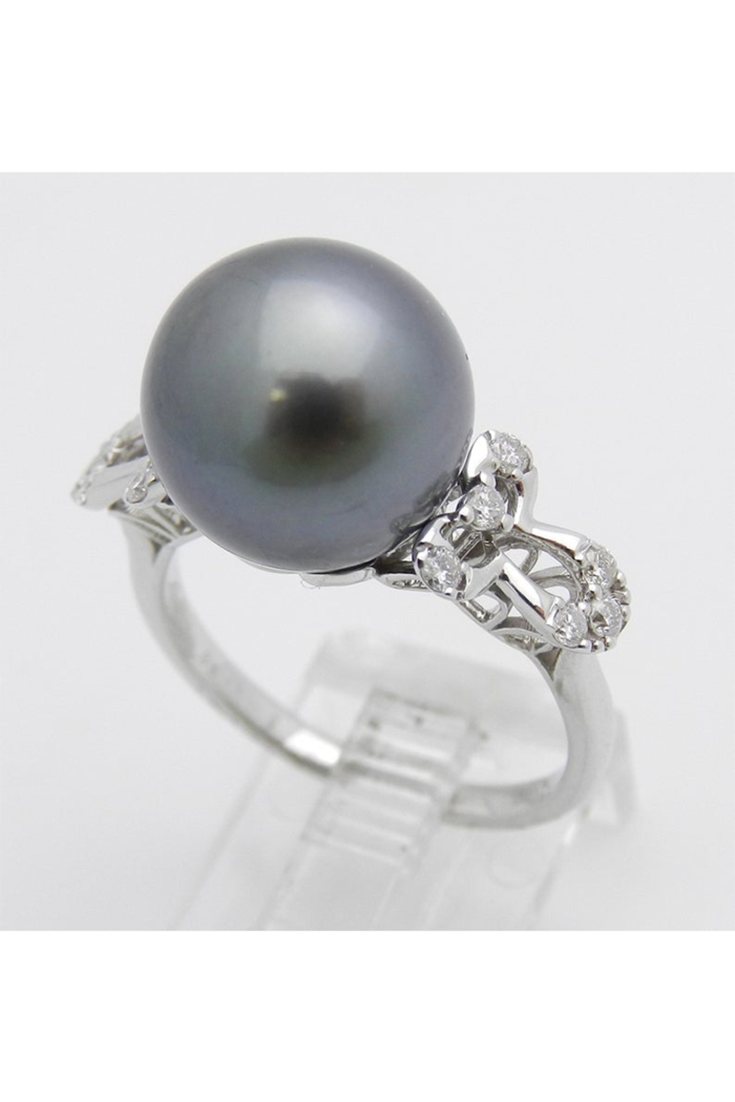Margolin & Co 18K White Gold Diamond and Black Pearl Engagement Ring June Birthstone Size 6.5 FREE Sizing - Side Cropped Image