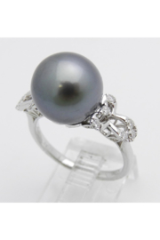 Margolin & Co 18K White Gold Diamond and Black Pearl Engagement Ring June Birthstone Size 6.5 FREE Sizing - Side cropped
