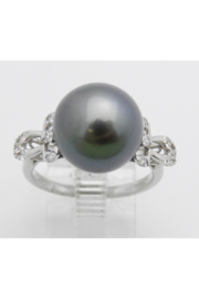 Margolin & Co 18K White Gold Diamond and Black Pearl Engagement Ring June Birthstone Size 6.5 FREE Sizing - Front cropped