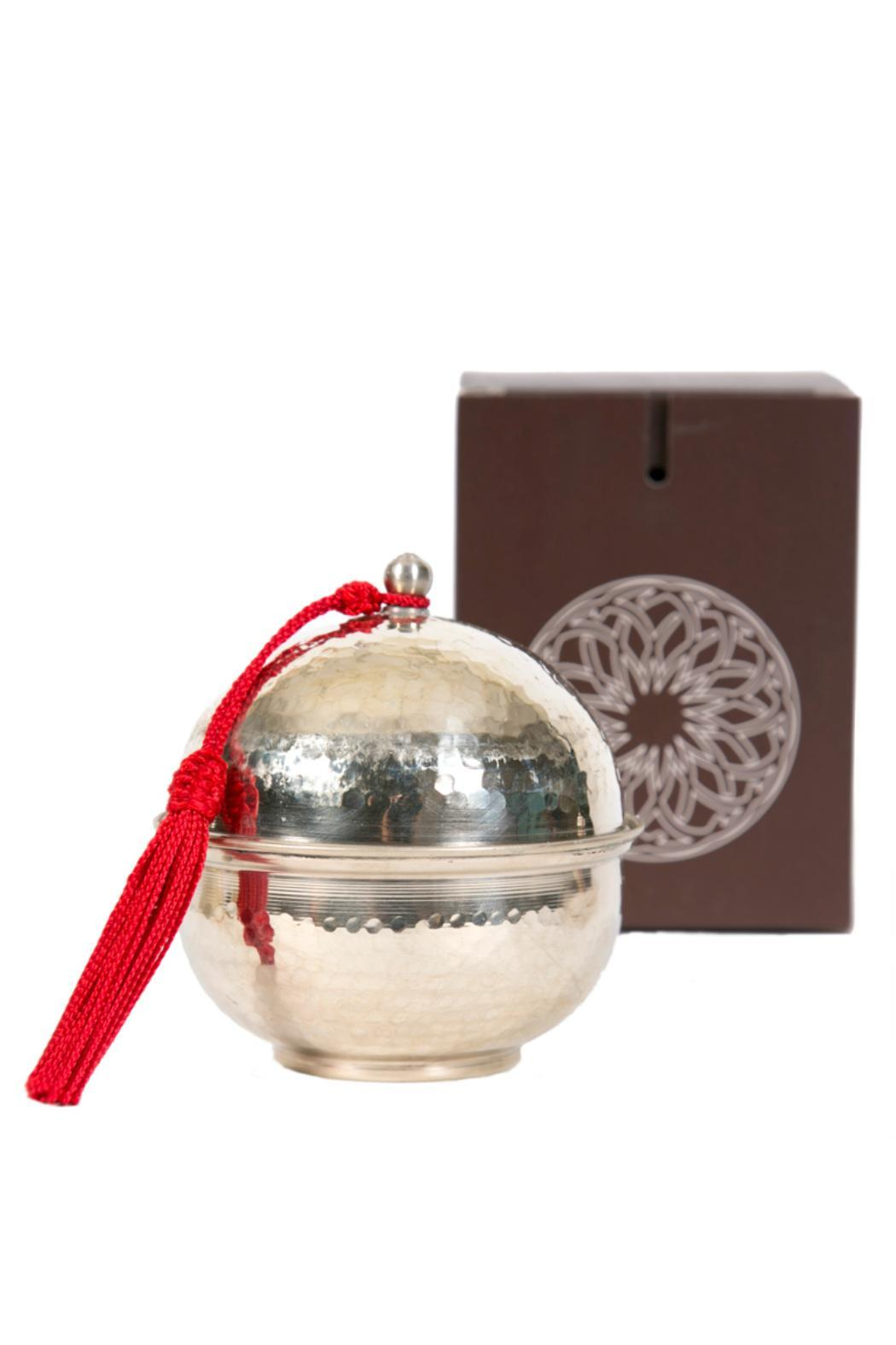 Whistle Petite Dome Candle - Front Full Image