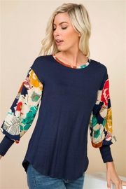 1 Mad Fit Floral Sleeve Top - Side cropped