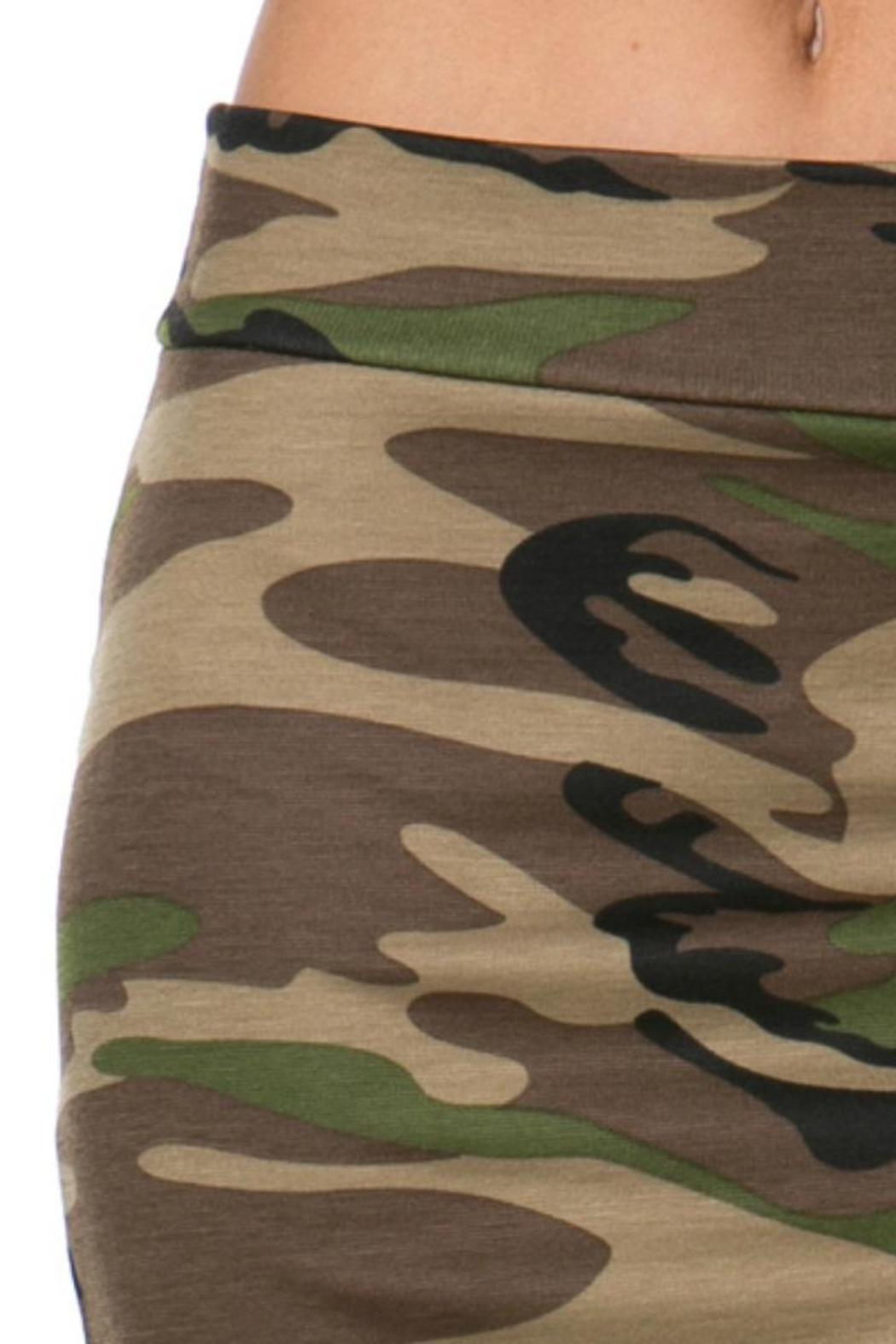 Camo Skirt - Side Cropped Image
