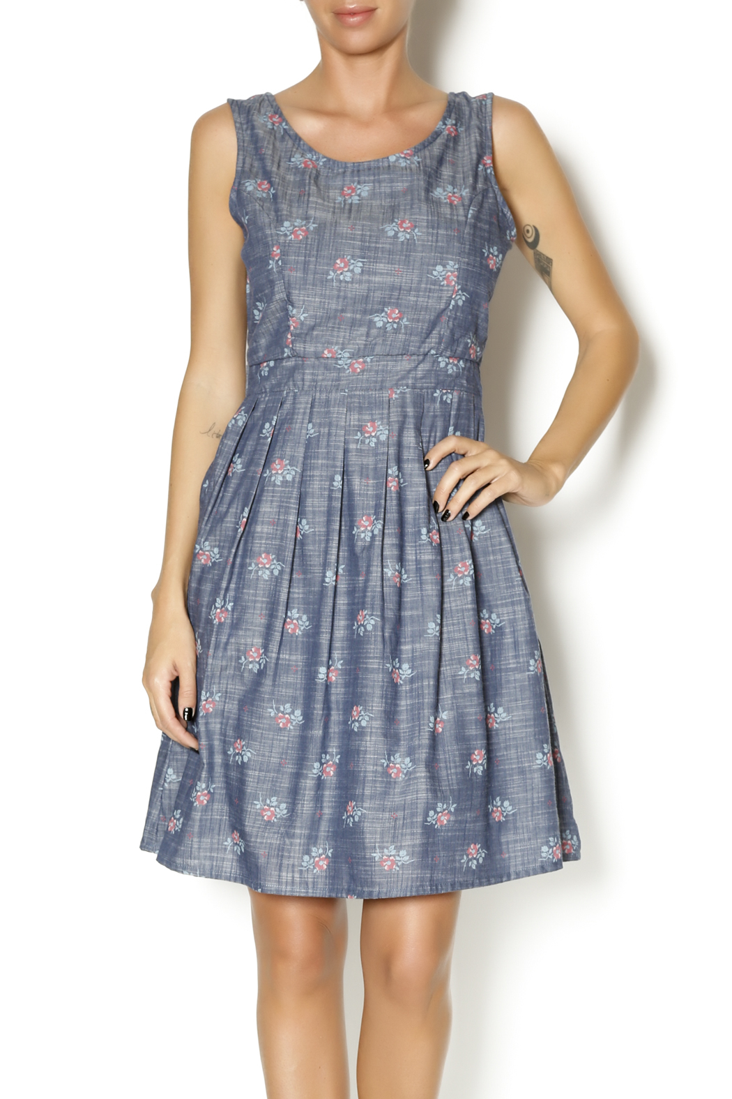 Yumi chambray posey dress from iowa city by revival for Chambray dress