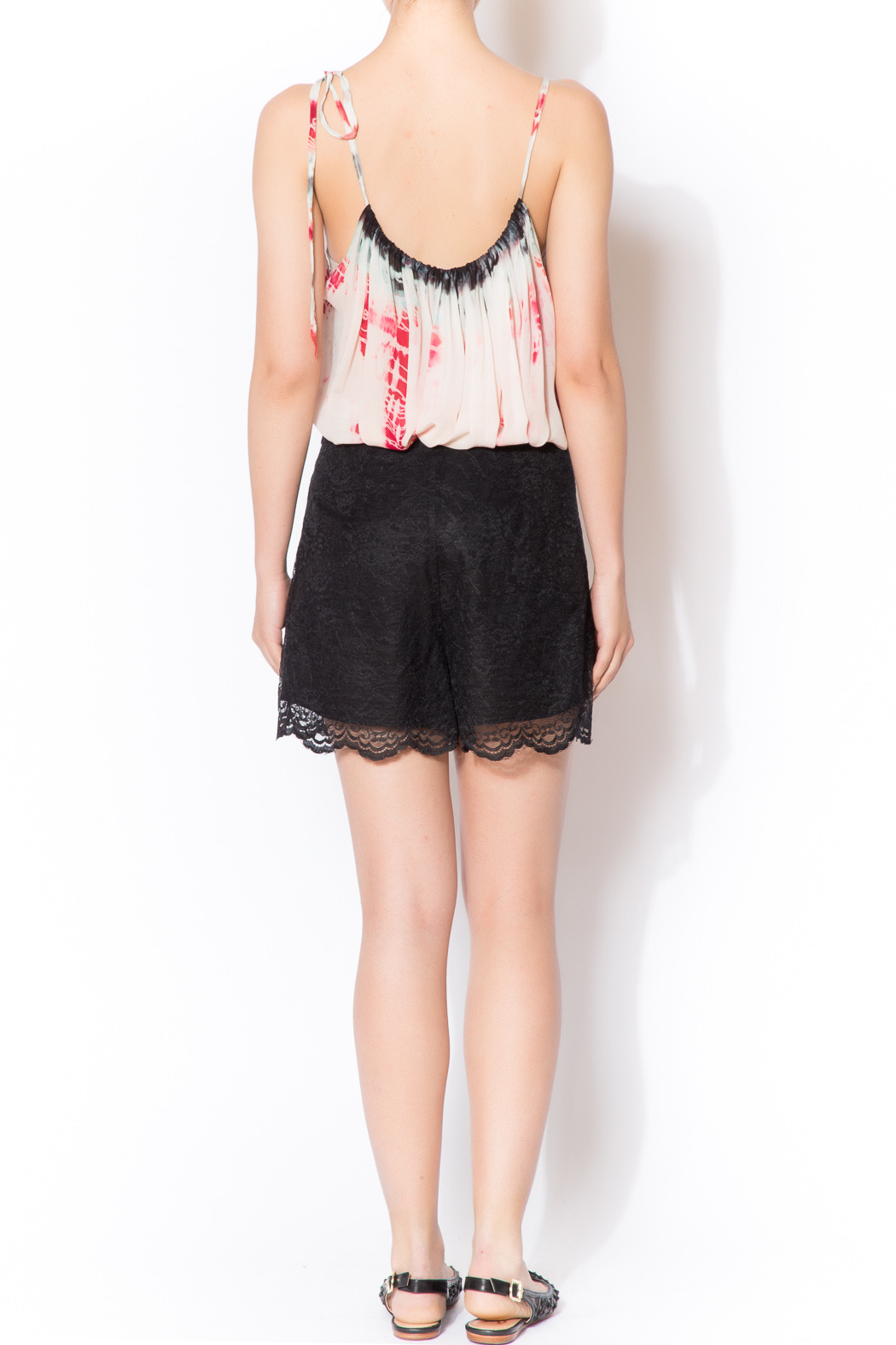 CCH Collection Lace Black Shorts - Side Cropped Image