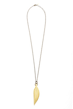 Hotcakes Design Feather Necklace - Product List Image