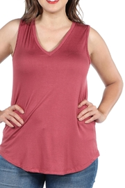 24/7 Comfort Apparel Plus Sleeveless Top - Front cropped