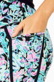 """Lilly Pulitzer  26"""" Weekender High Rise Leggings - Back cropped"""