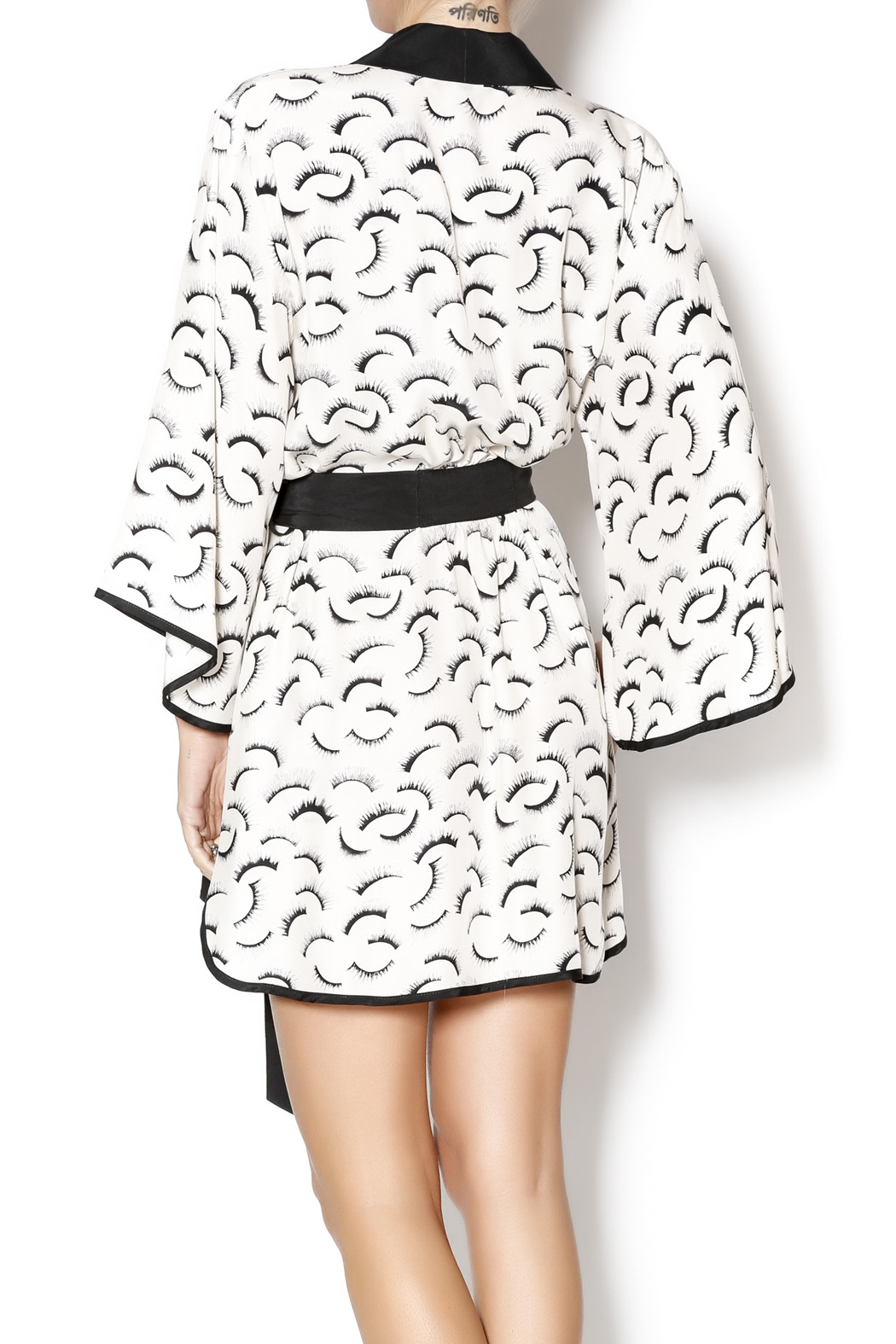 Dear Bowie Eyelash Print Robe - Back Cropped Image