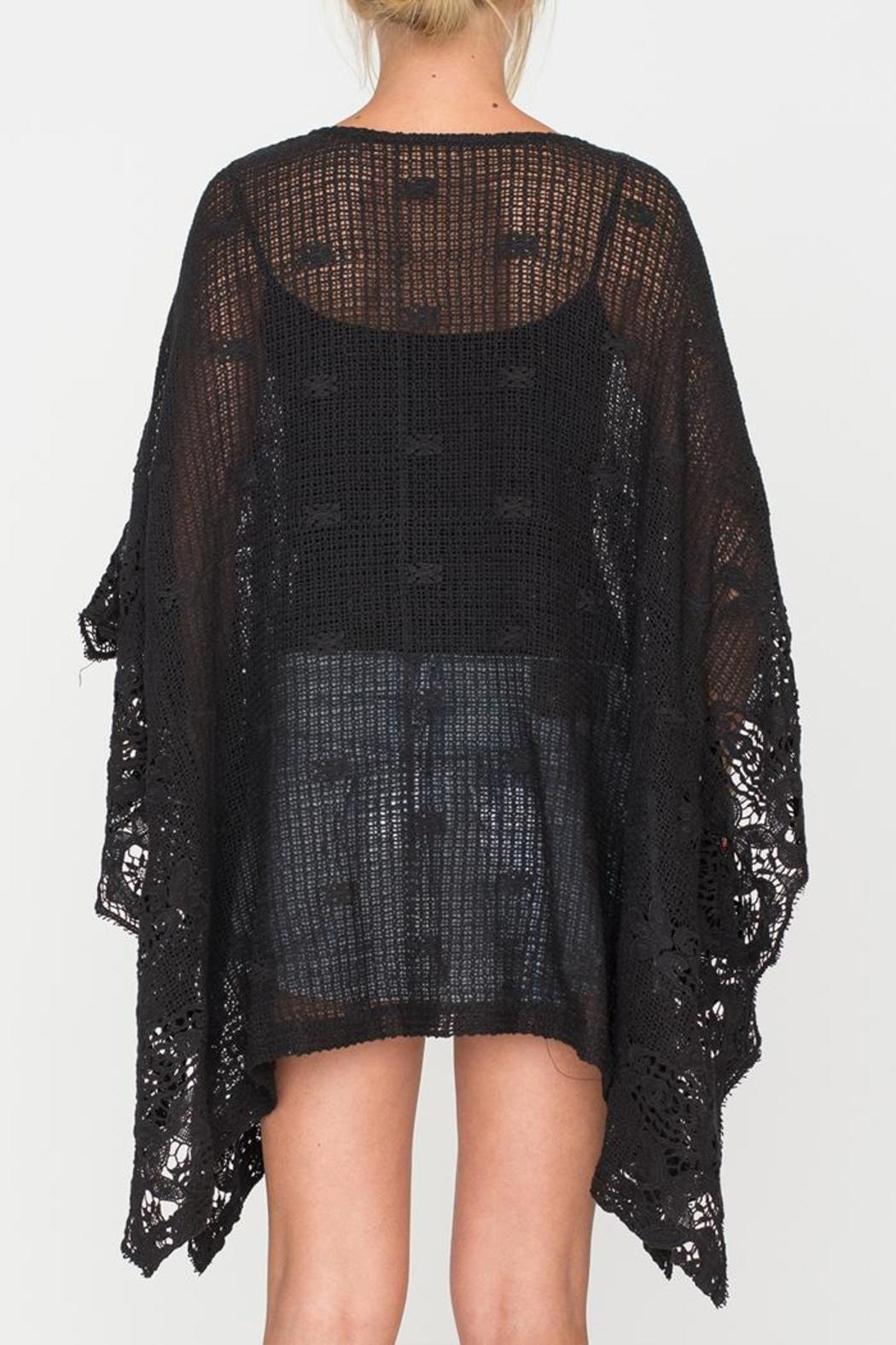 2 Chic Soft Lace Poncho - Side Cropped Image