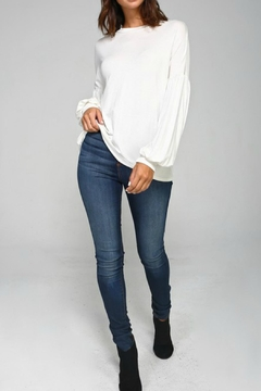 2 Hearts Solid Bubblesleeve Blouse - Alternate List Image