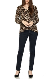 2NE1 Apparel Leopard Print Top - Other