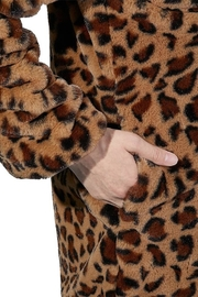 2Sable Leopard Jacket - Side cropped