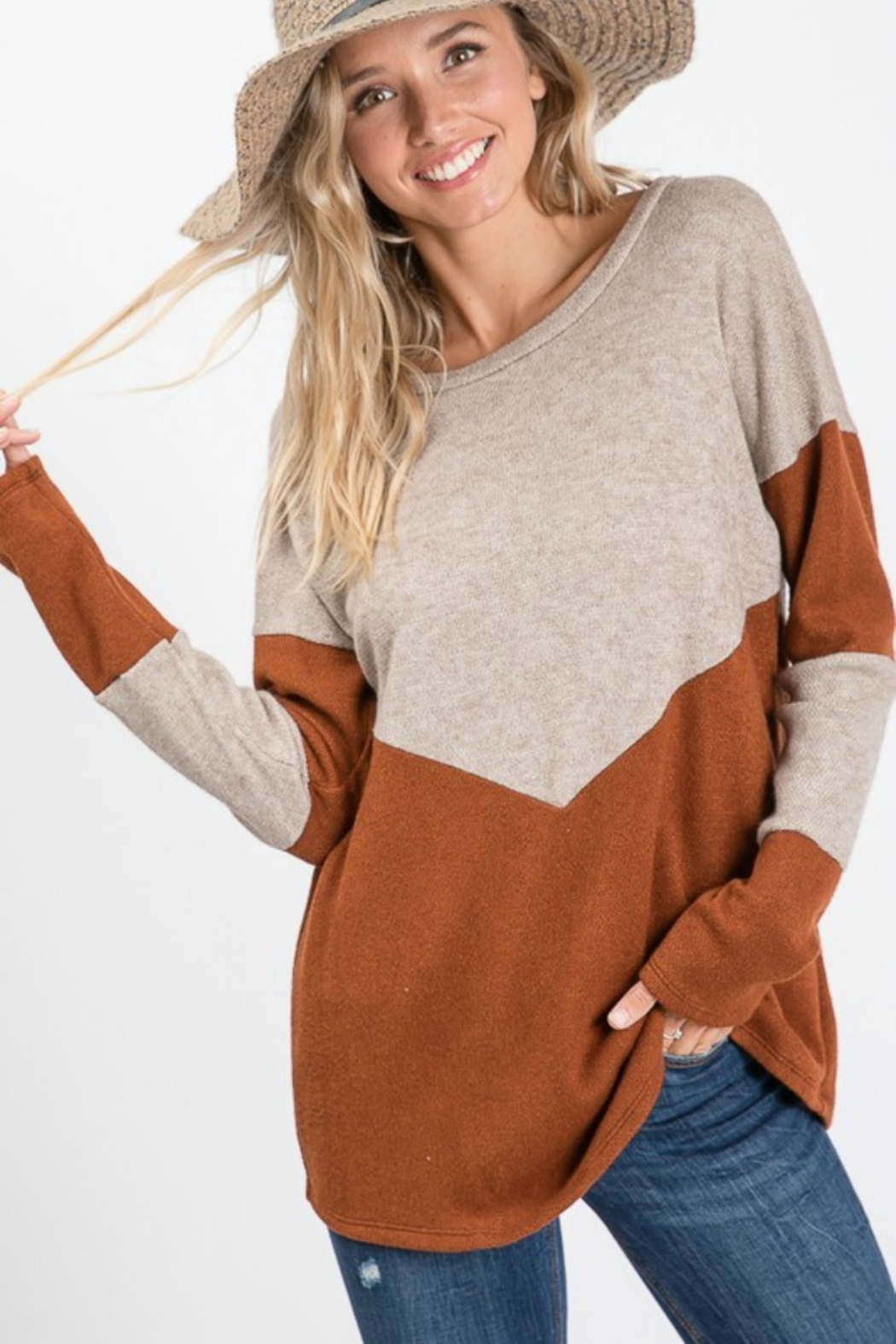 Cezanne 2TONE COLOR BLOCK SWEATER - Main Image