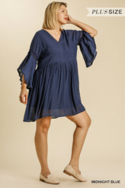 umgee  3/4 BELL SLV V-NECK DRESS WITH CROCHET DETAIL - Front full body