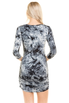 Heart and Hips 3/4-Sleeve Tie-Dye Dress - Alternate List Image