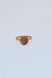Abeja 3 Stud Ring - Product Mini Image