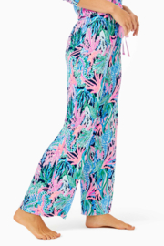 """Lilly Pulitzer  30"""" PJ Knit Pant - Front full body"""