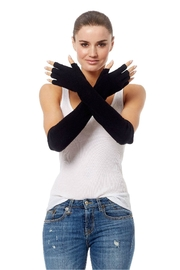 360 Cashmere Katie Gloves - Front cropped