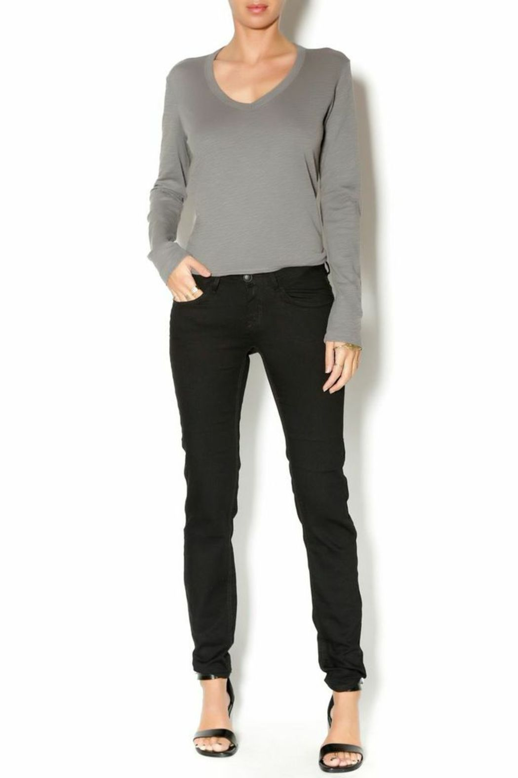 Stith & Soul Skinny Stretchy Pant - Front Full Image