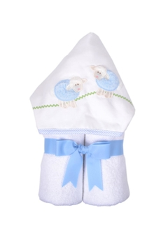 3 Marthas Lamb Everykid Hooded Towel - Alternate List Image