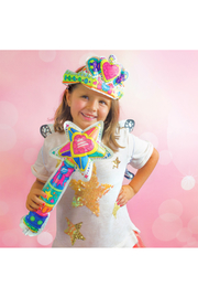 Ooly 3D Colorables Wand and Tiara - Front full body